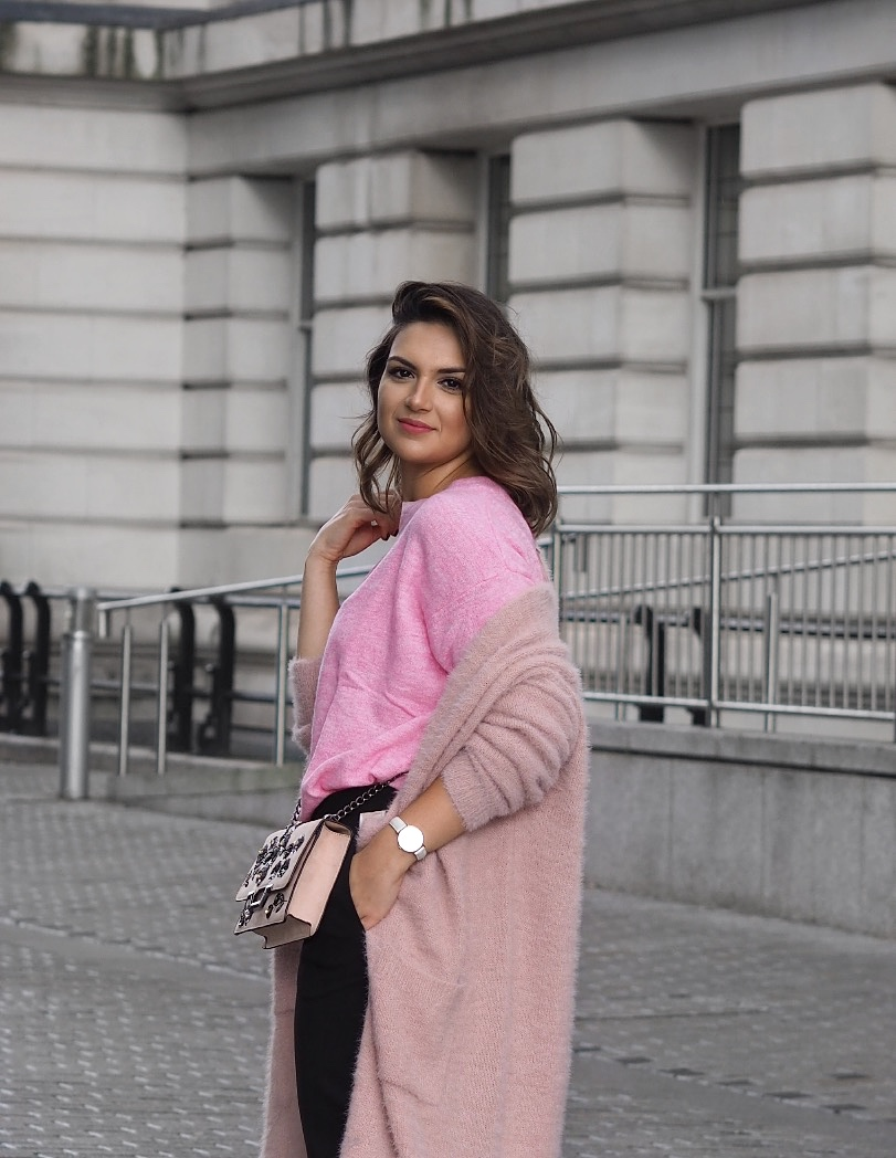 Side stripe trousers pink